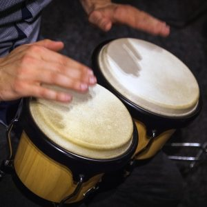 Is it easy to play bongos?